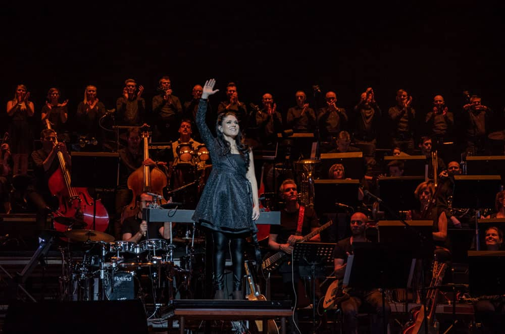 Alexandra Arrieche conducting the Antwerp Philharmonic Orchestra at Night of the Proms Rotterdam